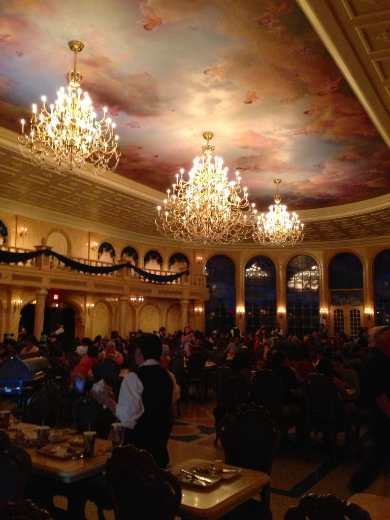 9 Best Restaurants at Disney's Magic Kingdom #Food #Travel #Disney #MagicKingdom