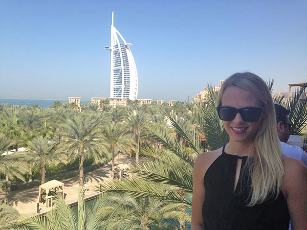 Al Qasr in Dubai | The Hungry Traveler Interview with Hannah Casey: An American Expat in Dubai  | The Hungry Traveler