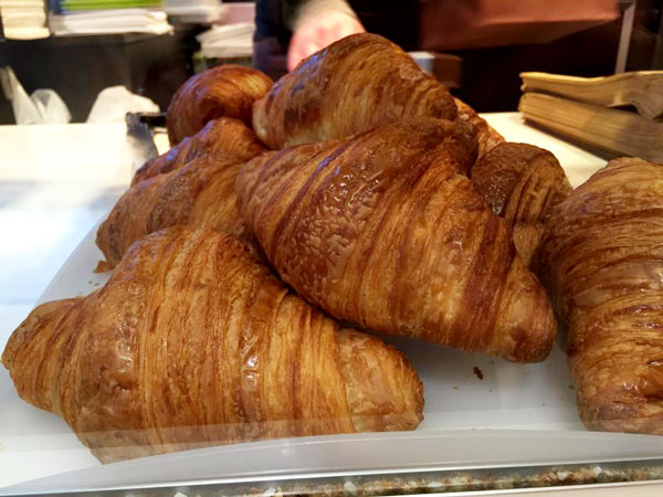 Foods to Eat in Paris | www.TheHungryTravelerBlog.com