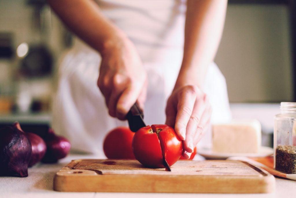 essential knife skills at findlay image