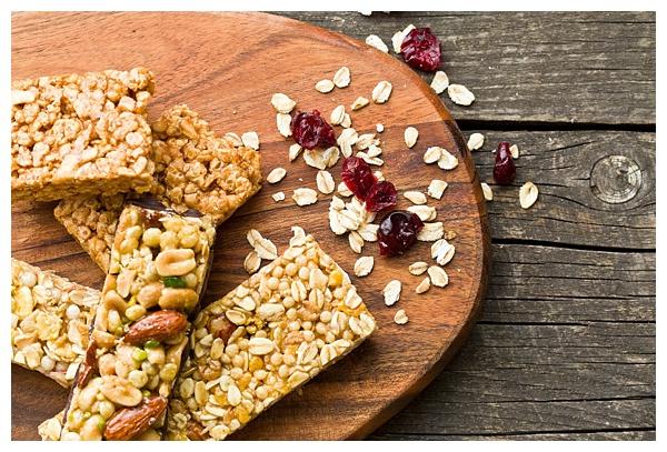 Homemade Granola Bars | The Hungry Traveler